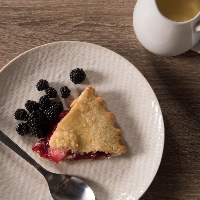 Blackberry & Apple Pie